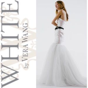 Vera Wang Wedding Gown Trumpet Tulle Bridal